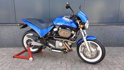 M2 Cyclone blauw 2001