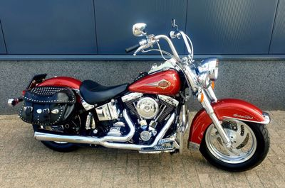 ....Harley Davidson Heritage Softail Classic FLSTC
