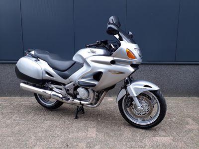 NT 650 V Deauville 2002 ( A2 geschikt )