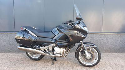 ....Honda NT 700 V Deauville ABS
