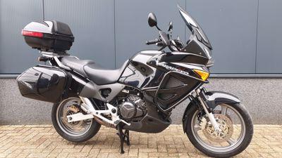 .....Honda XL 1000 V Varadero