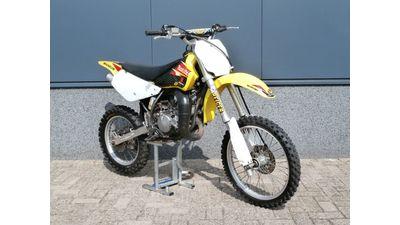 ..... Suzuki RM 85