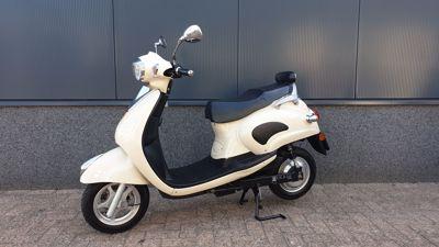 ....Novox C20 beige elektrisch 25 km/h