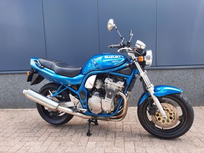 ....Suzuki GSF 600 Bandit