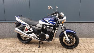 .....Suzuki GSX 1400 2004