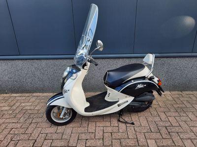 Mio zwart-wit 25 km/h
