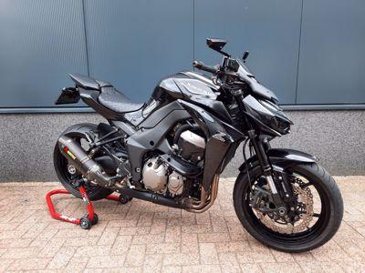 ....Kawasaki Z 1000