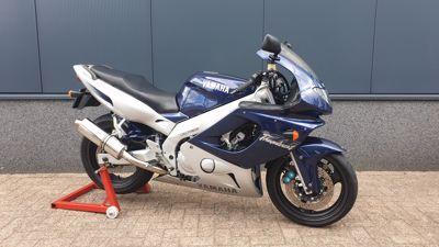 ....Yamaha YZF 600 R Thundercat