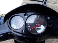 VERKOCHT ....Aprilia SR 50 Motard  45 km/h