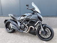 VERKOCHT......Ducati Diavel black