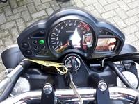 VERKOCHT....Suzuki SFV 650 Gladius zwart  (A2 geschikt)