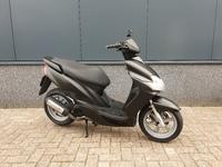 VERKOCHT.....Yamaha Jog R zwart 2008