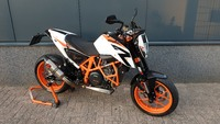 VERKOCHT.....KTM  Duke 690 R wit 2015