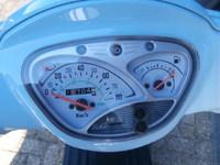VERKOCHT...Kymco Like 50 blauw 25 km/h 2009