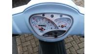 VERKOCHT.... Kymco Like 50 blauw 25  km/h