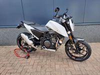 KTMDuke 690 ABS wit 2016