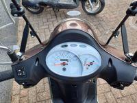 VERKOCHT....SYM Fiddle II  25 km/h   full option (nieuwstaat)