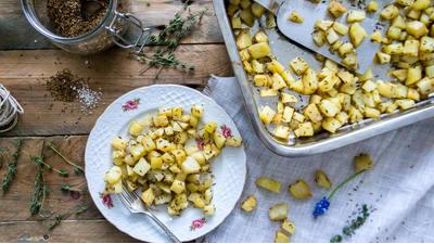 Recept: Aardappelblokjes met komijn uit de oven