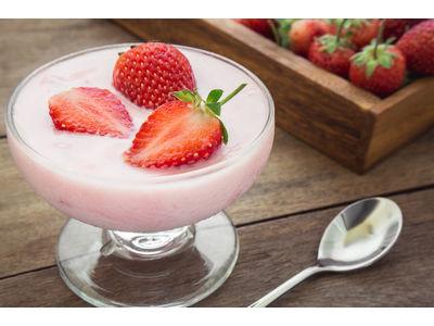 Vruchtentoetje aardbei (per bk)